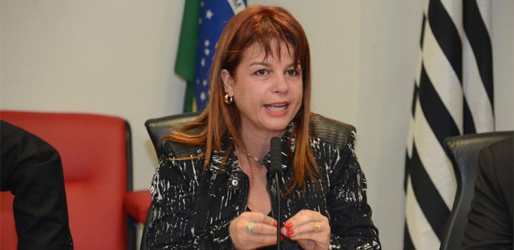 Jacqueline-Carrijo-representa-os-auditores-fiscais-do-trabalho-e-defende-a-Lei-do-Descanso