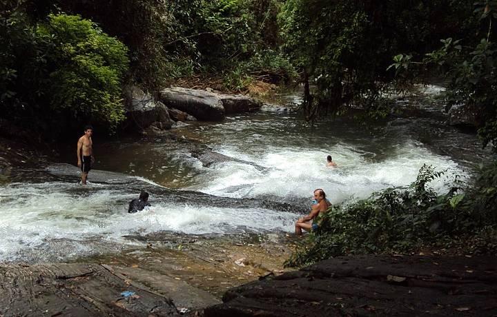 Cachoeira Três Bacias em Penedo