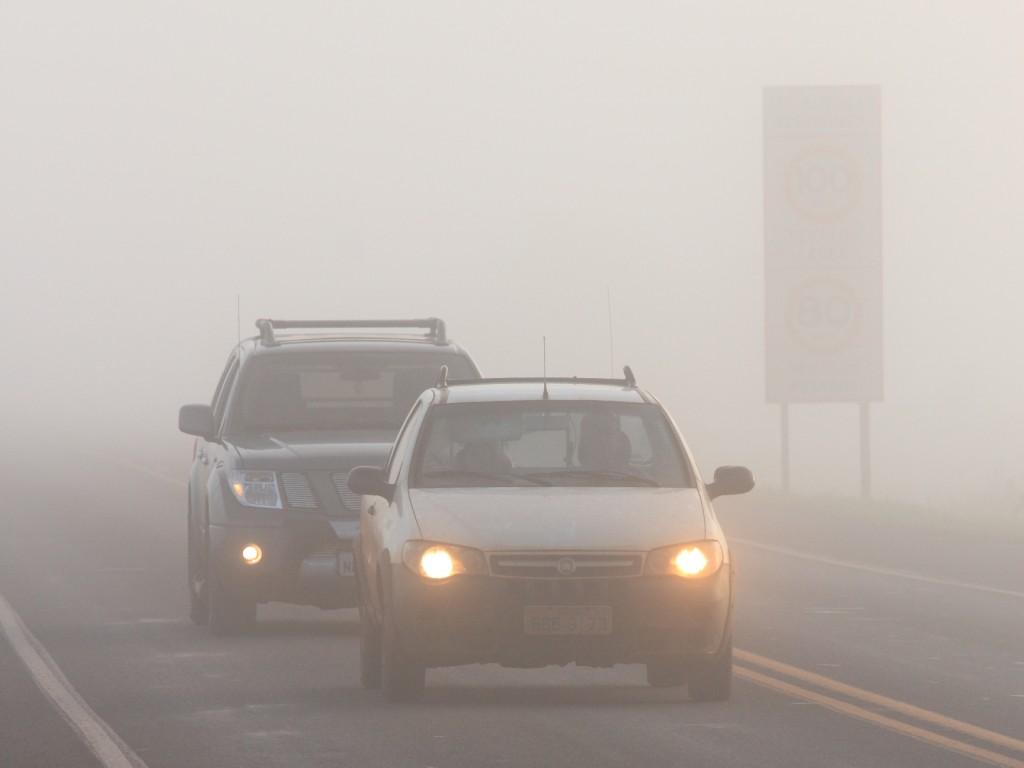 neblina em trecho da BR-163MS foto Rachid Waqued