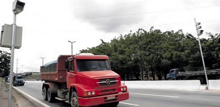 Radares somem e multas caem 30% em rodovias de São Paulo
