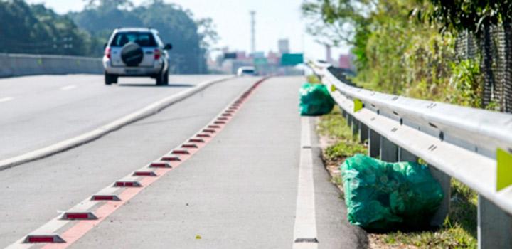 Diariamente,-67-toneladas-de-lixo-são-recolhidas-nas-estradas-paulistas