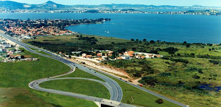 Seguem as obras na Rodovia dos Lagos que vão torná-la mais segura