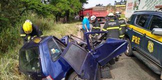 Acidente entre três veículos deixa um morto na BR-381, na Grande BH