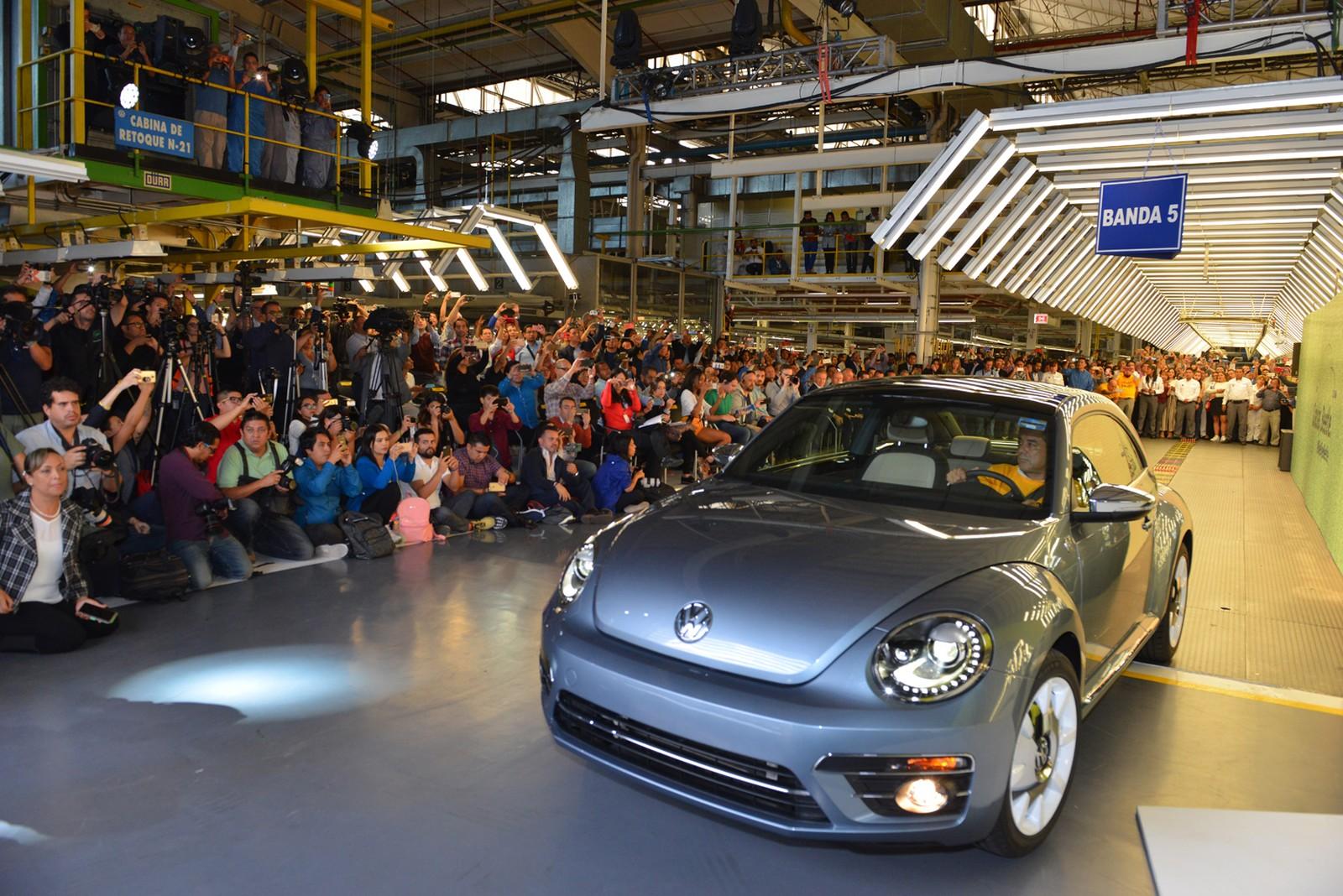 Volkswagen encerra produção mundial do Fusca 1