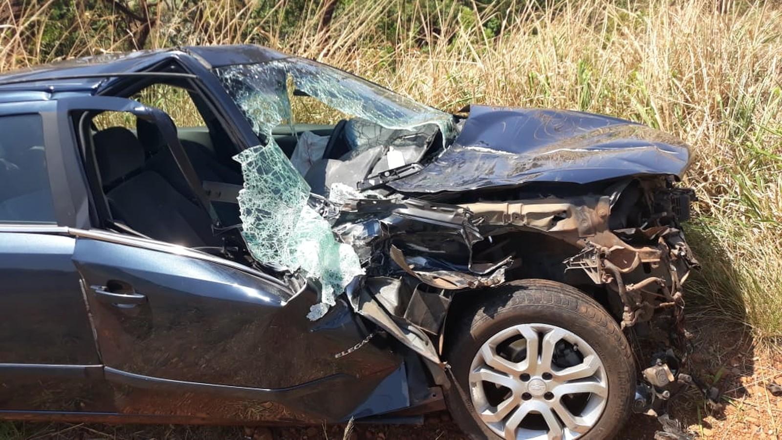 Acidente mata um homem na BR-452 entre Tupaciguara e Araporã (MG) - Estradas